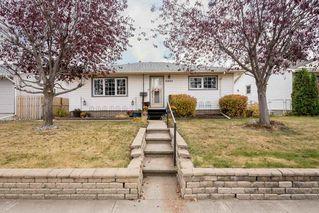 Photo 2: 11823 132 Avenue in Edmonton: Zone 01 House for sale : MLS®# E4217978