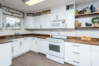 Photo 11: 11823 132 Avenue in Edmonton: Zone 01 House for sale : MLS®# E4217978