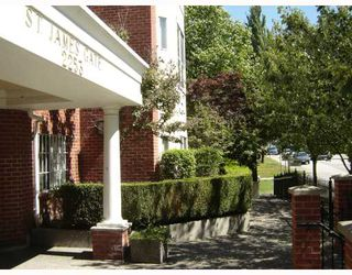 """Photo 1: 104 2253 WELCHER Avenue in Port Coquitlam: Central Pt Coquitlam Condo for sale in """"ST. JAMES GATE"""" : MLS®# V785959"""
