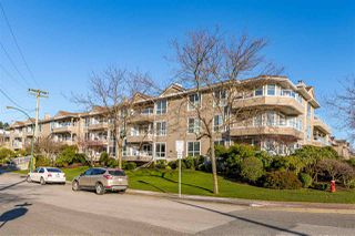 "Main Photo: 207 15875 MARINE Drive: White Rock Condo for sale in ""SOUTHPORT"" (South Surrey White Rock)  : MLS®# R2531778"