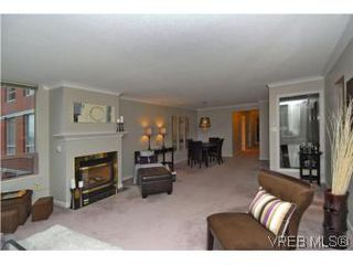 Photo 6: 400 630 Montreal St in VICTORIA: Vi James Bay Condo for sale (Victoria)  : MLS®# 522102