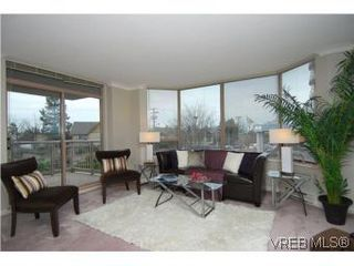 Photo 4: 400 630 Montreal St in VICTORIA: Vi James Bay Condo for sale (Victoria)  : MLS®# 522102