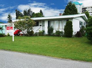 "Photo 1: 2798 CENTENNIAL Street in Abbotsford: Abbotsford West House for sale in ""CLEARBROOK"" : MLS®# F2825464"