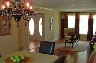 Photo 3: 122 Acheson Boulevard in Toronto: House (2-Storey) for sale (E10: TORONTO)  : MLS®# E1456296