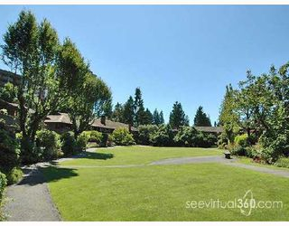 """Photo 10: 401 235 KEITH Road in West_Vancouver: Cedardale Condo for sale in """"SPURAWAY GARDENS"""" (West Vancouver)  : MLS®# V745651"""