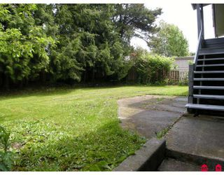 "Photo 7: 13809 HARPER Road in Surrey: Bolivar Heights House for sale in ""BOLIVAR HEIGHTS"" (North Surrey)  : MLS®# F2906215"