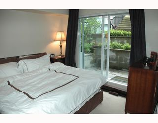 """Photo 6: 684 W 6TH Avenue in Vancouver: Fairview VW Townhouse for sale in """"BOHEMIA"""" (Vancouver West)  : MLS®# V765144"""