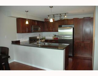 """Photo 4: 684 W 6TH Avenue in Vancouver: Fairview VW Townhouse for sale in """"BOHEMIA"""" (Vancouver West)  : MLS®# V765144"""