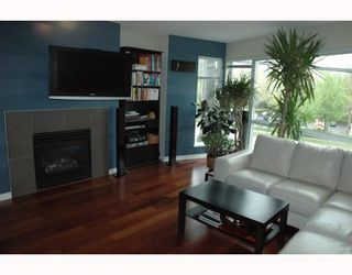 """Photo 3: 684 W 6TH Avenue in Vancouver: Fairview VW Townhouse for sale in """"BOHEMIA"""" (Vancouver West)  : MLS®# V765144"""