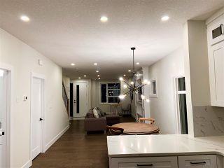 Photo 5: 10423 52 Avenue in Edmonton: Zone 15 House for sale : MLS®# E4174378