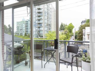 "Photo 11: 307 1477 W 15TH Avenue in Vancouver: Fairview VW Condo for sale in ""Shaughnessy Mansions"" (Vancouver West)  : MLS®# R2419107"