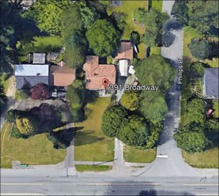 Photo 3: 7391 BROADWAY in Burnaby: Montecito House for sale (Burnaby North)  : MLS®# R2429059