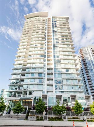 """Main Photo: 2009 161 W GEORGIA Street in Vancouver: Downtown VW Condo for sale in """"COSMO"""" (Vancouver West)  : MLS®# R2434900"""