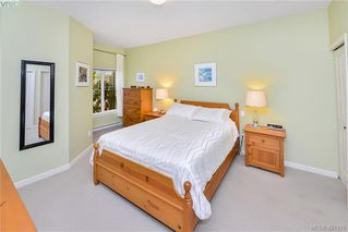 Photo 11: 1967 Polo Park Crt in SAANICHTON: CS Saanichton Row/Townhouse for sale (Central Saanich)  : MLS®# 833589