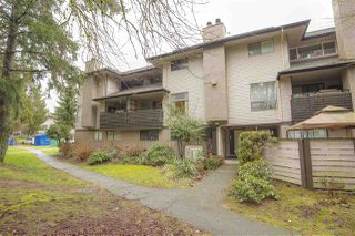 "Photo 1: 10537 HOLLY PARK Lane in Surrey: Guildford Townhouse for sale in ""Holly Park"" (North Surrey)  : MLS®# R2438495"