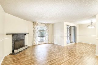 "Photo 6: 10537 HOLLY PARK Lane in Surrey: Guildford Townhouse for sale in ""Holly Park"" (North Surrey)  : MLS®# R2438495"