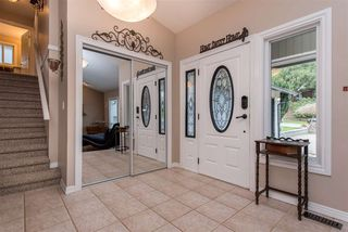 """Photo 2: 2416 WOODSTOCK Drive in Abbotsford: Abbotsford East House for sale in """"McMillan"""" : MLS®# R2446042"""