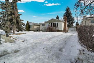 Photo 3: 9151 155 Street in Edmonton: Zone 22 House for sale : MLS®# E4192506