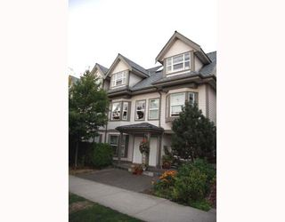 Photo 1: 2210 ST GEORGE Street in Vancouver: Mount Pleasant VE Townhouse for sale (Vancouver East)  : MLS®# V783723