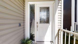 Photo 3: 1631 19 Street NW in Edmonton: Zone 30 House for sale : MLS®# E4204540