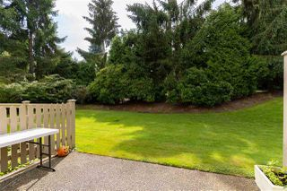 """Photo 22: 49 5221 OAKMOUNT Crescent in Burnaby: Oaklands Townhouse for sale in """"SEASONS BY THE LAKE"""" (Burnaby South)  : MLS®# R2480570"""