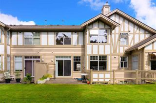 """Photo 3: 49 5221 OAKMOUNT Crescent in Burnaby: Oaklands Townhouse for sale in """"SEASONS BY THE LAKE"""" (Burnaby South)  : MLS®# R2480570"""