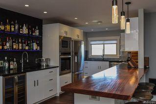 Photo 11: 975 Comox Rd in : CV Courtenay City Mixed Use for sale (Comox Valley)  : MLS®# 855883