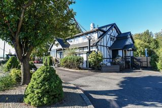 Photo 19: 975 Comox Rd in : CV Courtenay City Mixed Use for sale (Comox Valley)  : MLS®# 855883