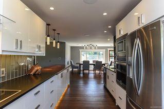 Photo 47: 975 Comox Rd in : CV Courtenay City Mixed Use for sale (Comox Valley)  : MLS®# 855883