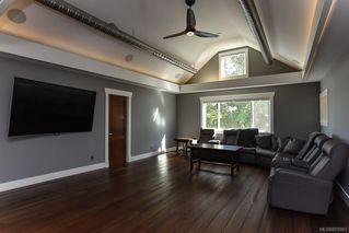 Photo 38: 975 Comox Rd in : CV Courtenay City Mixed Use for sale (Comox Valley)  : MLS®# 855883