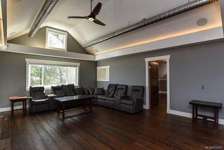 Photo 36: 975 Comox Rd in : CV Courtenay City Mixed Use for sale (Comox Valley)  : MLS®# 855883