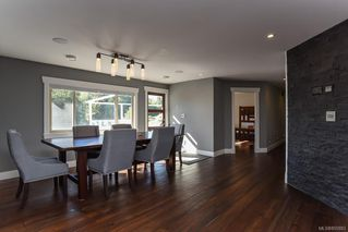 Photo 42: 975 Comox Rd in : CV Courtenay City Mixed Use for sale (Comox Valley)  : MLS®# 855883
