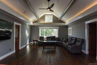 Photo 37: 975 Comox Rd in : CV Courtenay City Mixed Use for sale (Comox Valley)  : MLS®# 855883