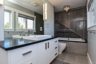Photo 15: 975 Comox Rd in : CV Courtenay City Mixed Use for sale (Comox Valley)  : MLS®# 855883