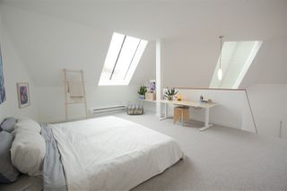 """Photo 14: 304 3010 ONTARIO Street in Vancouver: Mount Pleasant VE Condo for sale in """"NEW YORK ON YORK"""" (Vancouver East)  : MLS®# R2519534"""