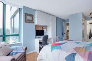 """Photo 14: 1206 121 TENTH Street in New Westminster: Downtown NW Condo for sale in """"Vista Royale"""" : MLS®# R2525763"""