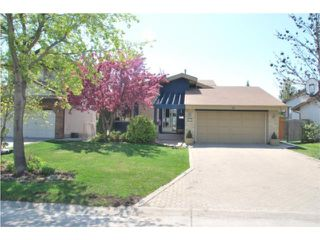 Photo 1: 54 Cassin Crescent in WINNIPEG: Windsor Park / Southdale / Island Lakes Residential for sale (South East Winnipeg)  : MLS®# 1009454