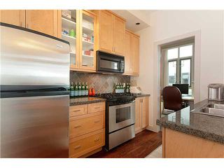 "Photo 5: 110 2515 ONTARIO Street in Vancouver: Mount Pleasant VW Condo for sale in ""Elements"" (Vancouver West)  : MLS®# V838279"