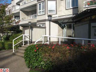 """Photo 1: 301 1840 E SOUTHMERE Crescent in Surrey: Sunnyside Park Surrey Condo for sale in """"SOUTHMERE MEWS WEST"""" (South Surrey White Rock)  : MLS®# F1026823"""