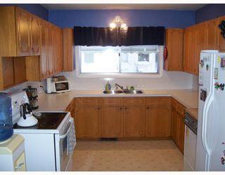 Photo 7: 921 BYNG Place in WINNIPEG: Fort Garry / Whyte Ridge / St Norbert Residential for sale (South Winnipeg)  : MLS®# 2900315