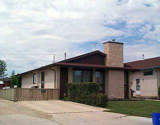 Photo 1: 174 CHARBONNEAU Crescent in WINNIPEG: Windsor Park / Southdale / Island Lakes Residential for sale (South East Winnipeg)  : MLS®# 2509581