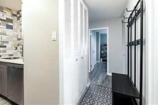 Photo 3: 1005 9930 113 Street in Edmonton: Zone 12 Condo for sale : MLS®# E4180193
