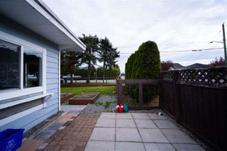 Photo 5: 34705 4TH Avenue in Abbotsford: Poplar House for sale : MLS®# R2452396