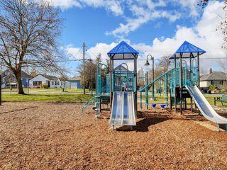 Photo 21: 205 2610 Graham St in Victoria: Vi Hillside Condo Apartment for sale : MLS®# 842401