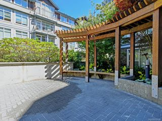 Photo 10: 210 611 Goldstream Ave in : La Fairway Condo Apartment for sale (Langford)  : MLS®# 850432