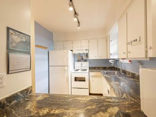 Photo 16: 2437 W 6TH Avenue in Vancouver: Kitsilano Townhouse for sale (Vancouver West)  : MLS®# R2484664