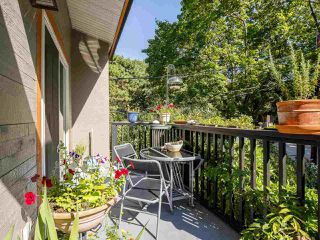 Photo 3: 2437 W 6TH Avenue in Vancouver: Kitsilano Townhouse for sale (Vancouver West)  : MLS®# R2484664
