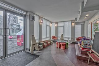 """Photo 20: 903 565 SMITHE Street in Vancouver: Downtown VW Condo for sale in """"VITA AT SYMPHONY PLACE"""" (Vancouver West)  : MLS®# R2503955"""