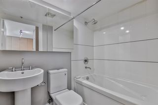 """Photo 6: 903 565 SMITHE Street in Vancouver: Downtown VW Condo for sale in """"VITA AT SYMPHONY PLACE"""" (Vancouver West)  : MLS®# R2503955"""