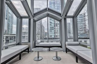 """Photo 19: 903 565 SMITHE Street in Vancouver: Downtown VW Condo for sale in """"VITA AT SYMPHONY PLACE"""" (Vancouver West)  : MLS®# R2503955"""
